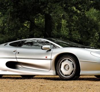 Jaguar_XJ220_01