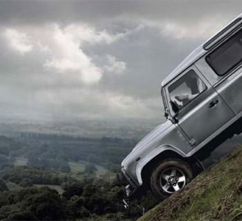 Land-Rover-Defender_02