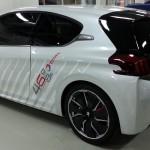 Peugeot_208_HYbrid_FE_17