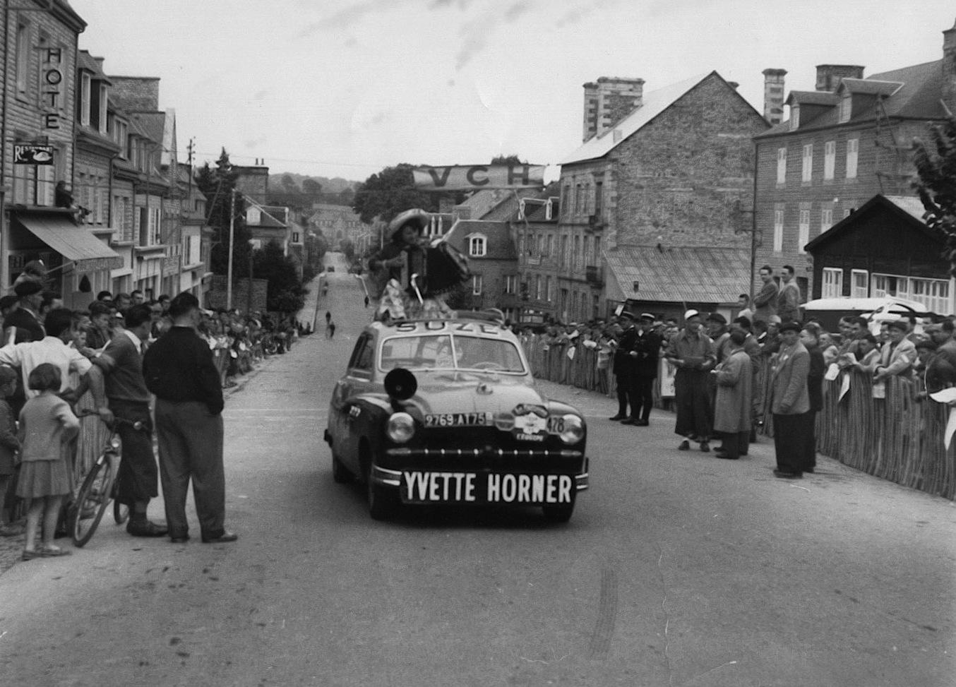 Devinette - Page 17 Yvette-horner_tour-de-france_1954_4