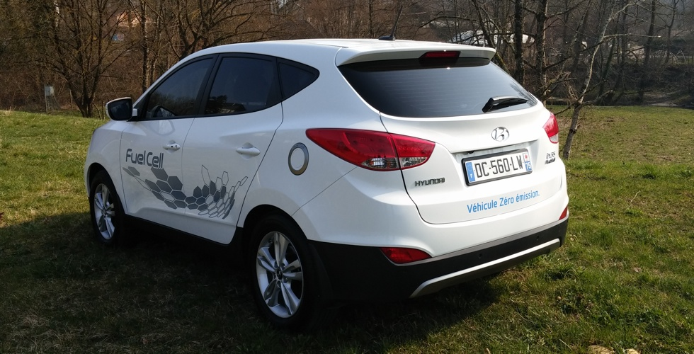 hyundai-ix35-fuel-cell-arriere