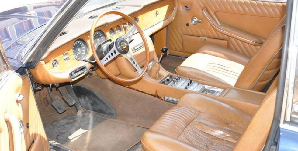jaguar-ft-bertone-420-coupe-interieur