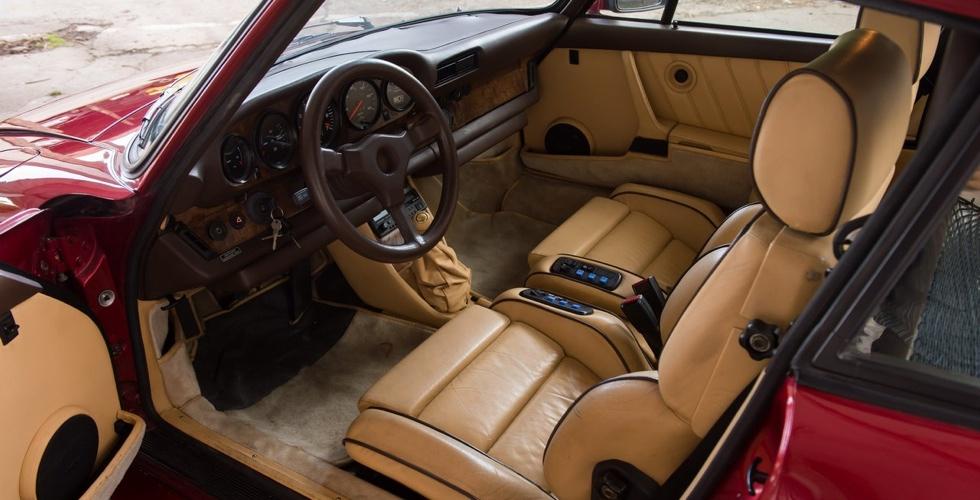 porsche-935-turbo-interieur