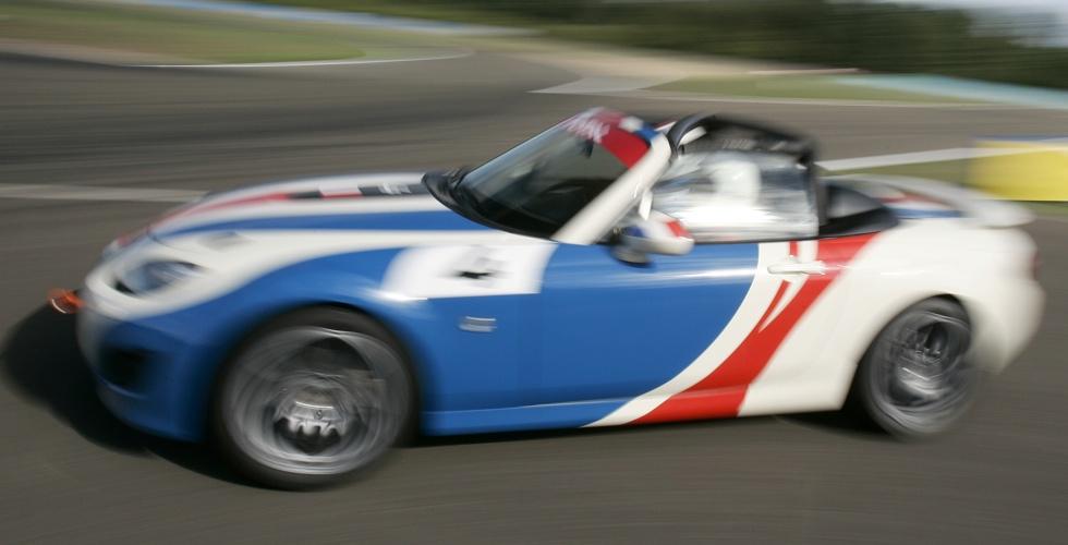 mazda-mx-5-open-race-circuit