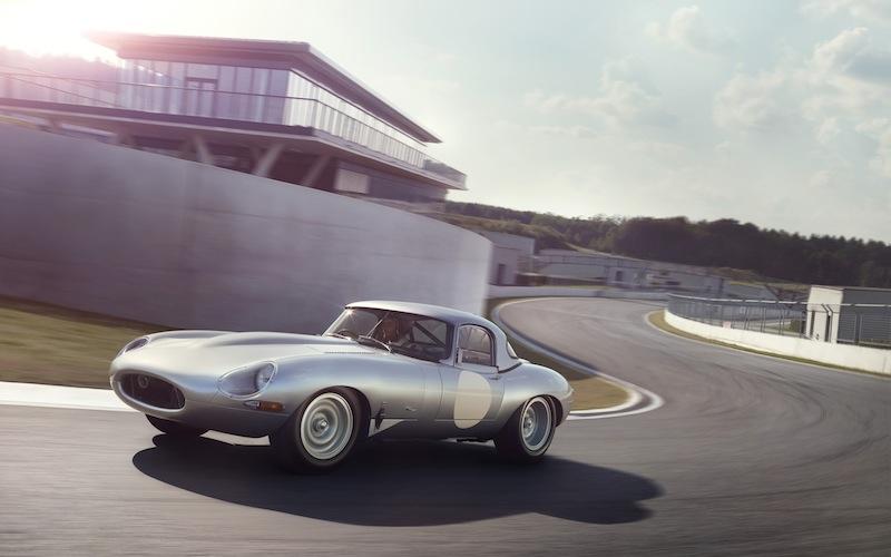 2014-Jaguar-Lightweight-E-Type-Motion-2-2560x1600