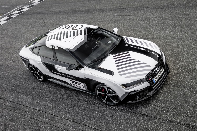 Audi_RS7_piloted_driving_01