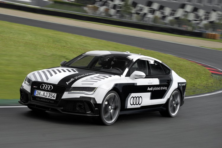 Audi_RS7_piloted_driving_05
