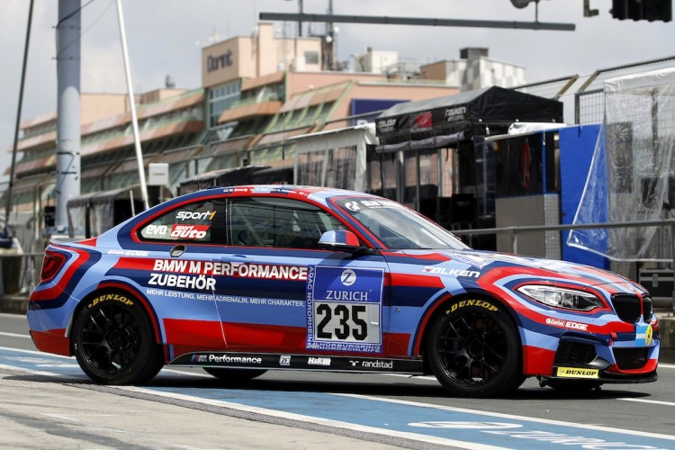 BMW_M235i_nurburgring_artcar_2014_02