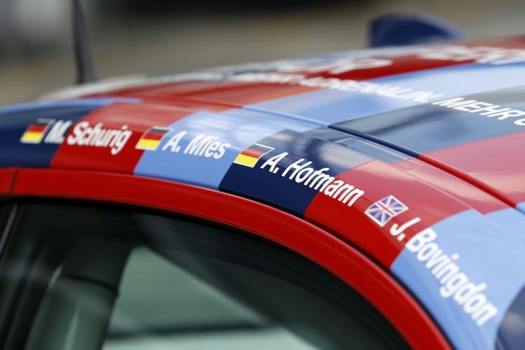 BMW_M235i_nurburgring_artcar_2014_06