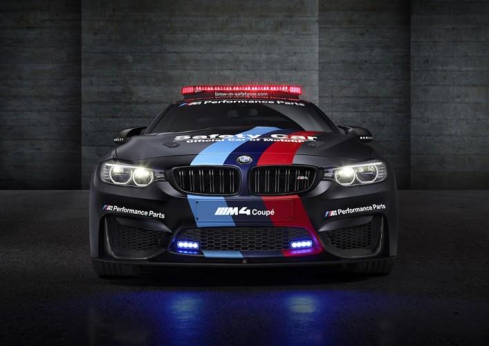 BMW M4 Coupé safety car motoGP 2015 _ 09