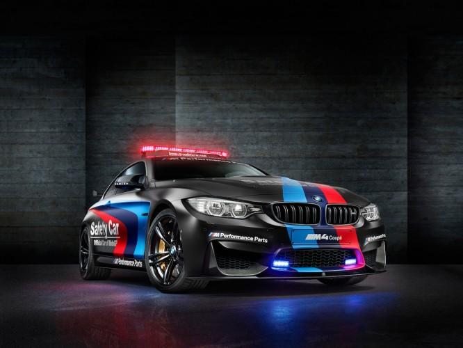 BMW M4 Coupé safety car motoGP 2015 _ 11