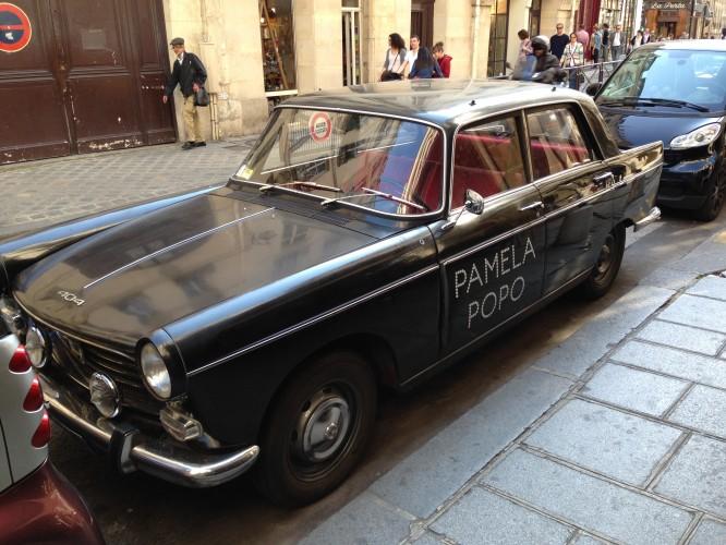 Peugeot 404 - Pizza Pamela Popo