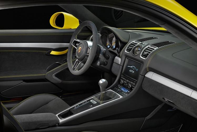Porsche_Cayman_GT4_01