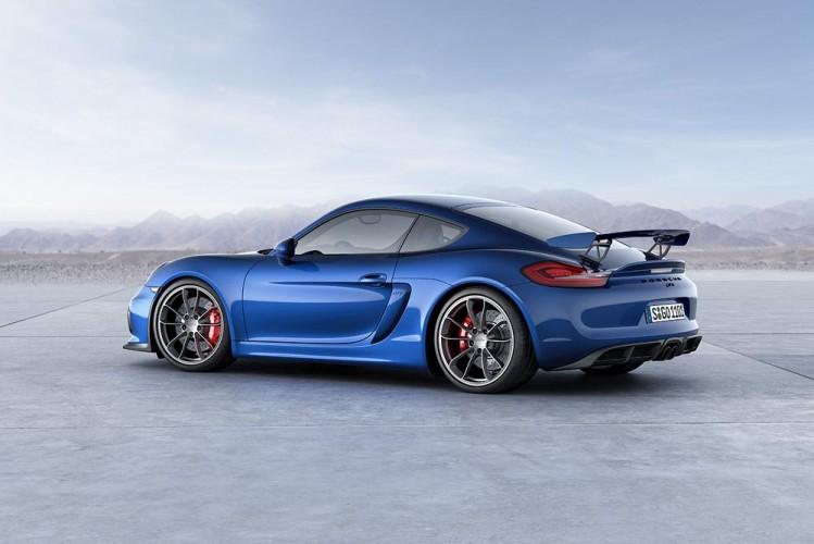 Porsche_Cayman_GT4_05