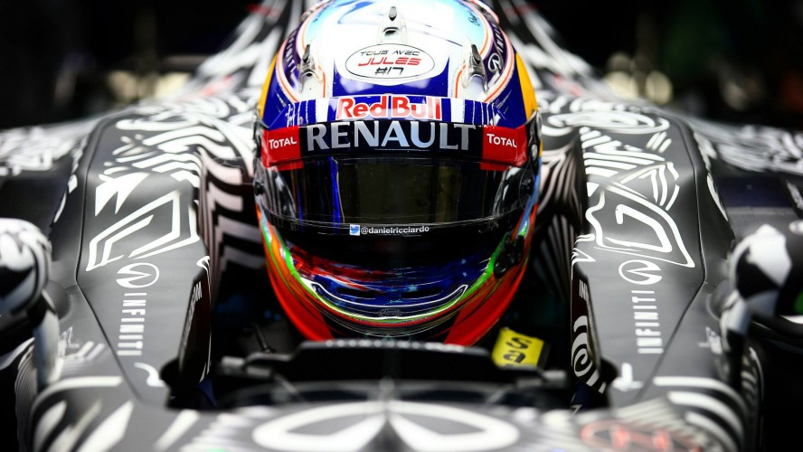 Red-Bull-Racing-RB11-2015-F1_header_02