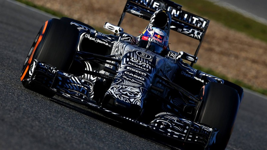 Red-Bull-Racing-RB11-2015-F1_header_07