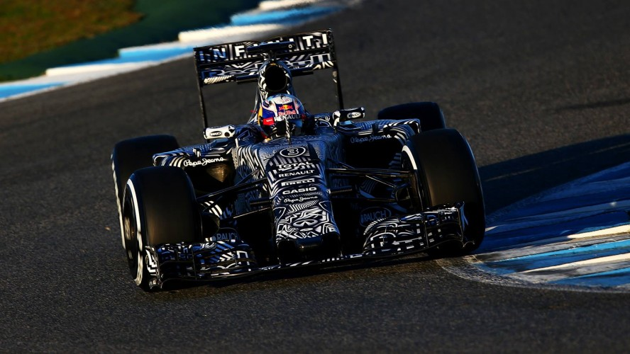 Red-Bull-Racing-RB11-2015-F1_header_08