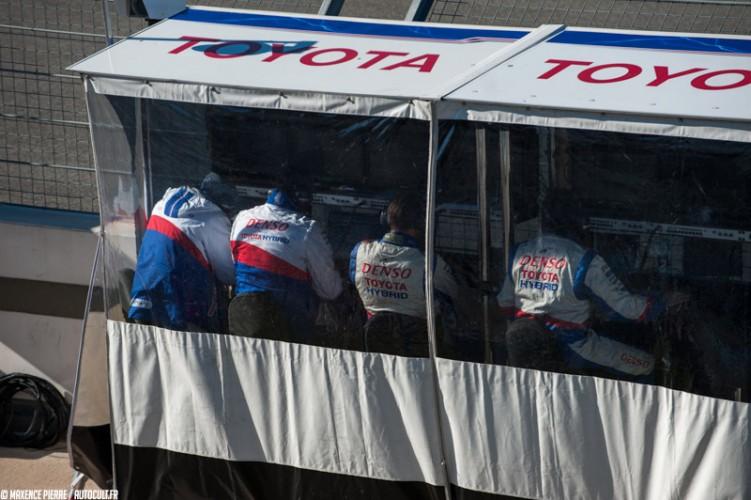 Toyota TS015 Hybrid FIA WEC Le Mans
