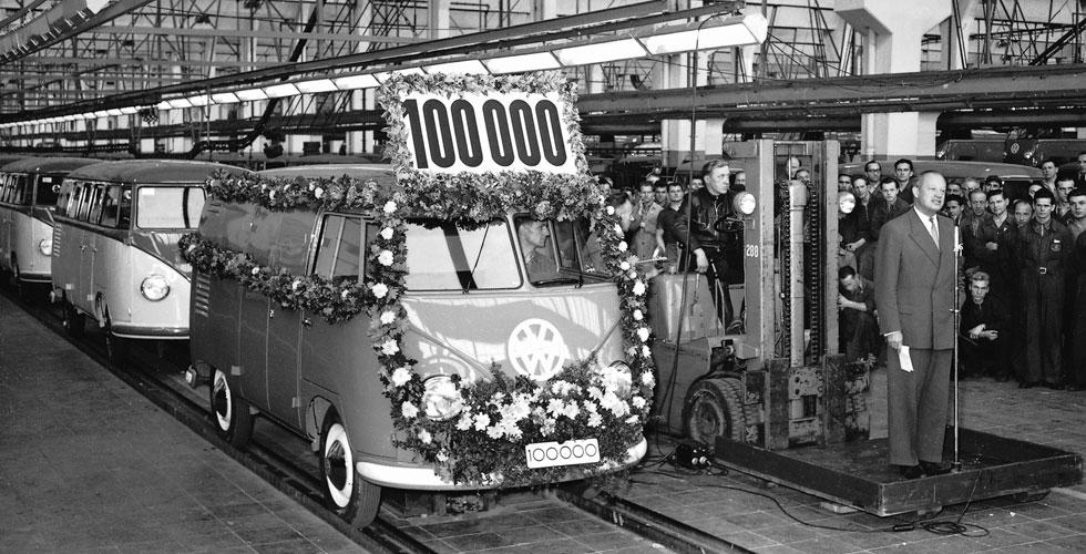 volkswagen-combi-wolfsburg-100000