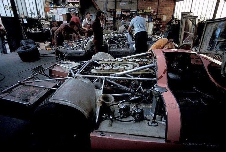 """le mans porsche garage teloche 1971 917LH, and 917-20 """"Berta Sau"""""""