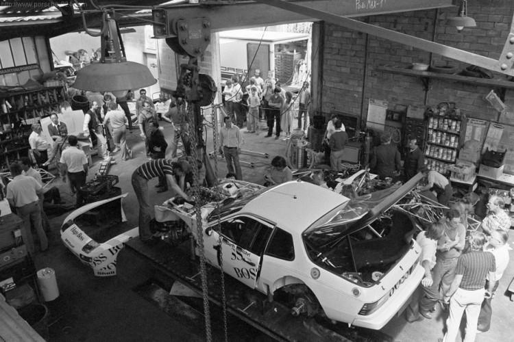 le mans porsche garage teloche 1971 924 - 12