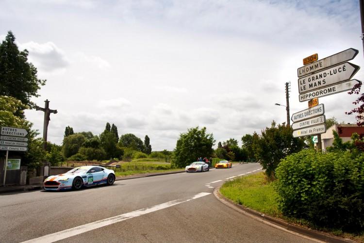 Le Mans - Aston Martin Hôtel de France La Chartre-sur-le-Loir - 01
