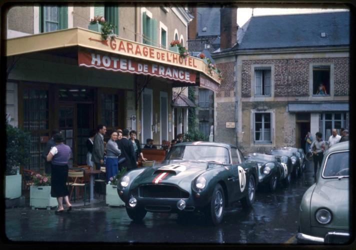 Le Mans - Aston Martin Hôtel de France La Chartre-sur-le-Loir - 09