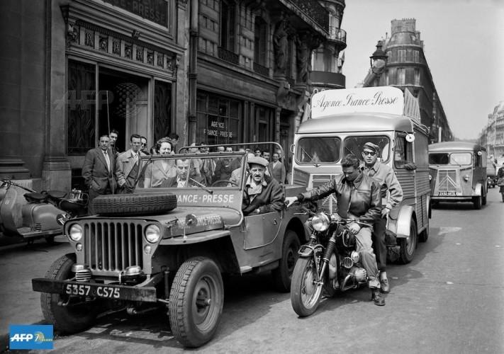 jeep tour de france 1955 AFP presse
