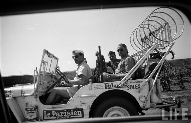 jeep tour de france 1955 le parisien - 1