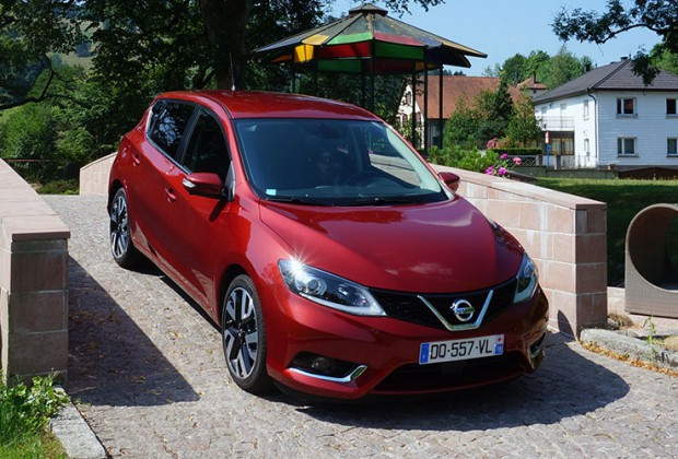 essai 229 km h en nissan pulsar gt. Black Bedroom Furniture Sets. Home Design Ideas
