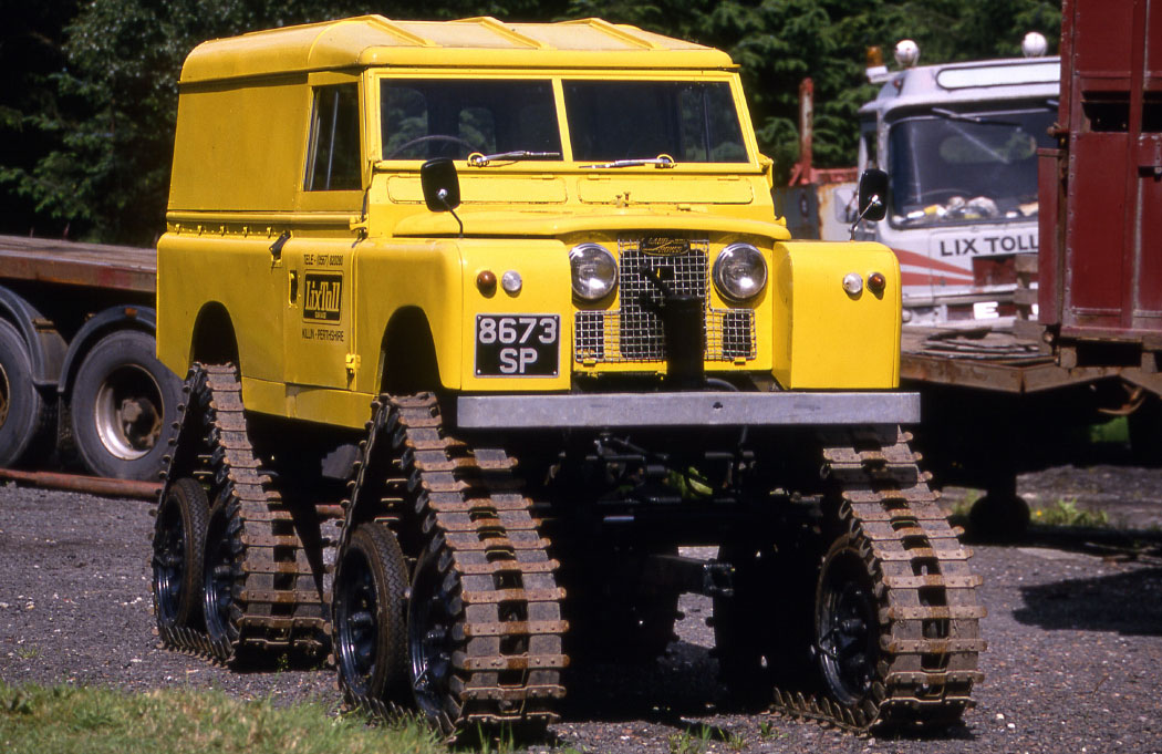 land-rover-1966