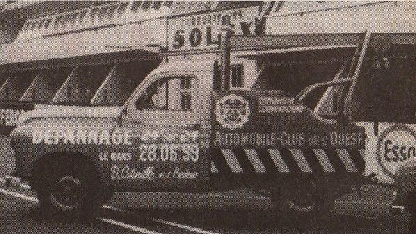 Renault Colorale, transformée en dépanneuse, ici aux 24 heures du Mans.