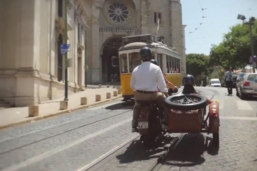 Lisbon Side Car Four Season