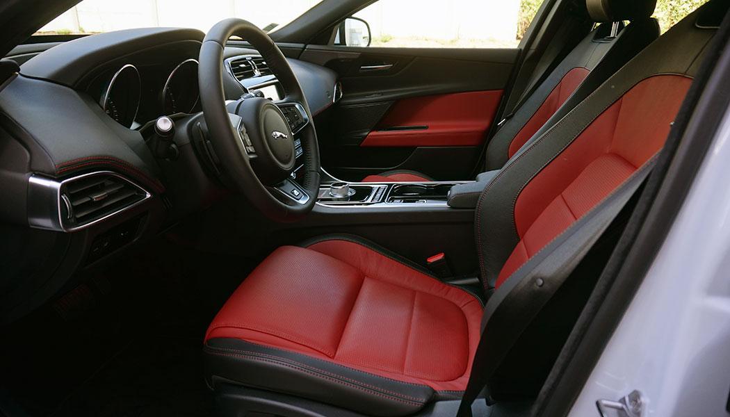 jaguar-xe-essence-turbo