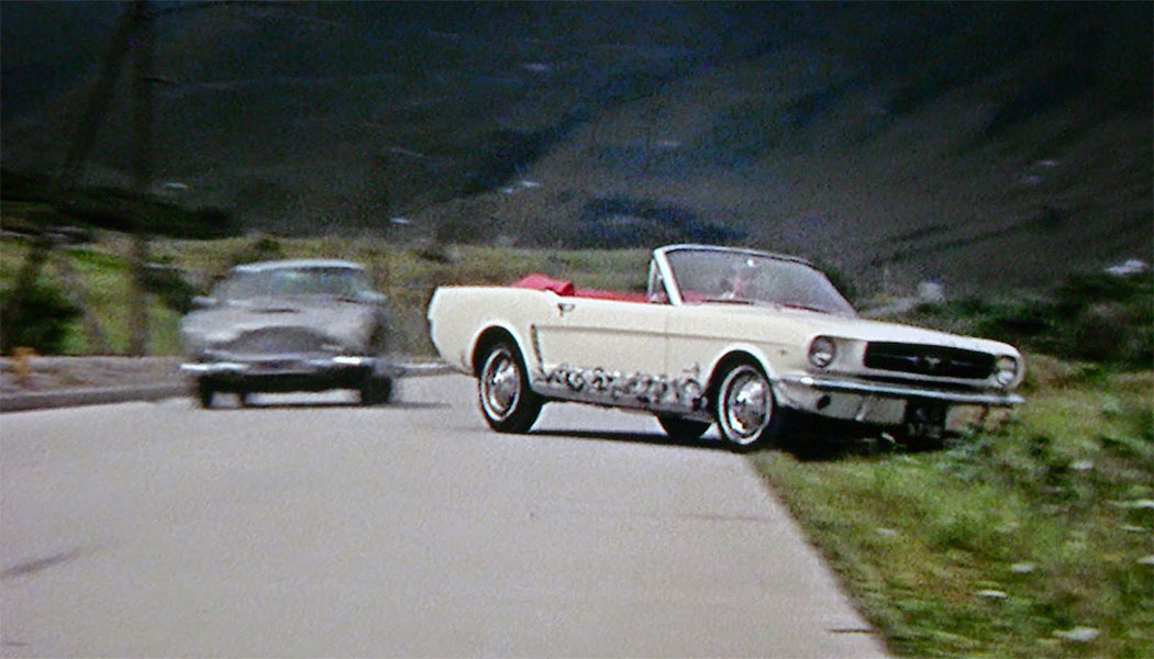 ford-mustang-goldfinger
