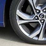 Renault Megane GT 2016 - Photo détail, jante, logo GT