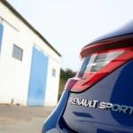 Renault Megane GT 2016 - Photo détail, logo Renault Sport, malle arrière.