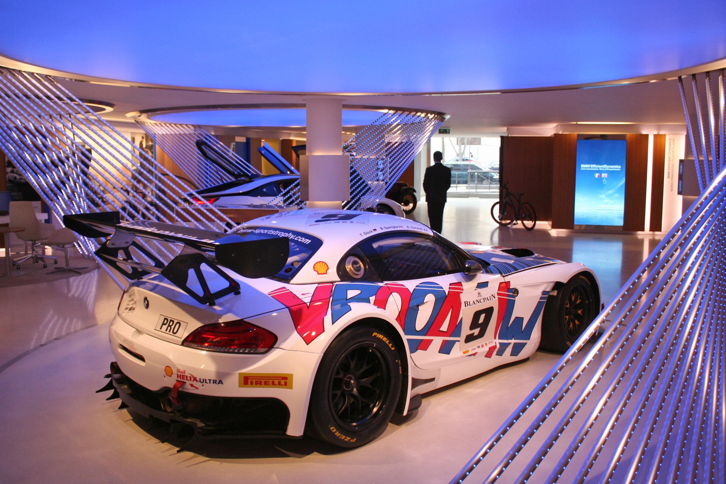 Bmw Z4 Race Car Bmw Rolls Out Its Z4 Gte Racer Video