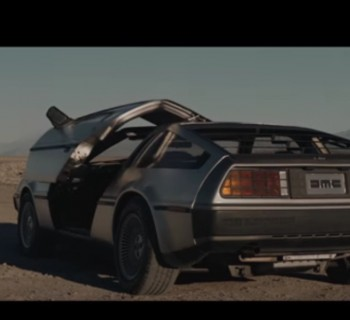 delorean-dmc-12-pub