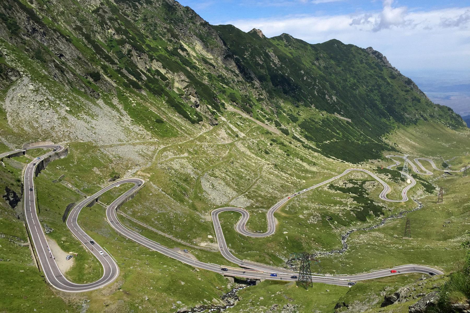 Route Transfăgărăşan, road trip sur carte postale