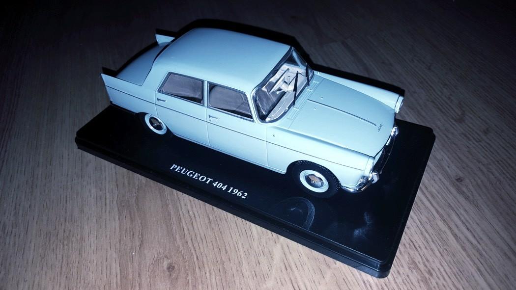 peugeot-404-auto-vintage