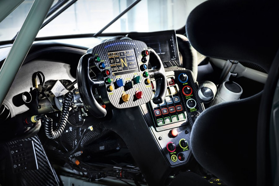 porsche-911-rsr-volant