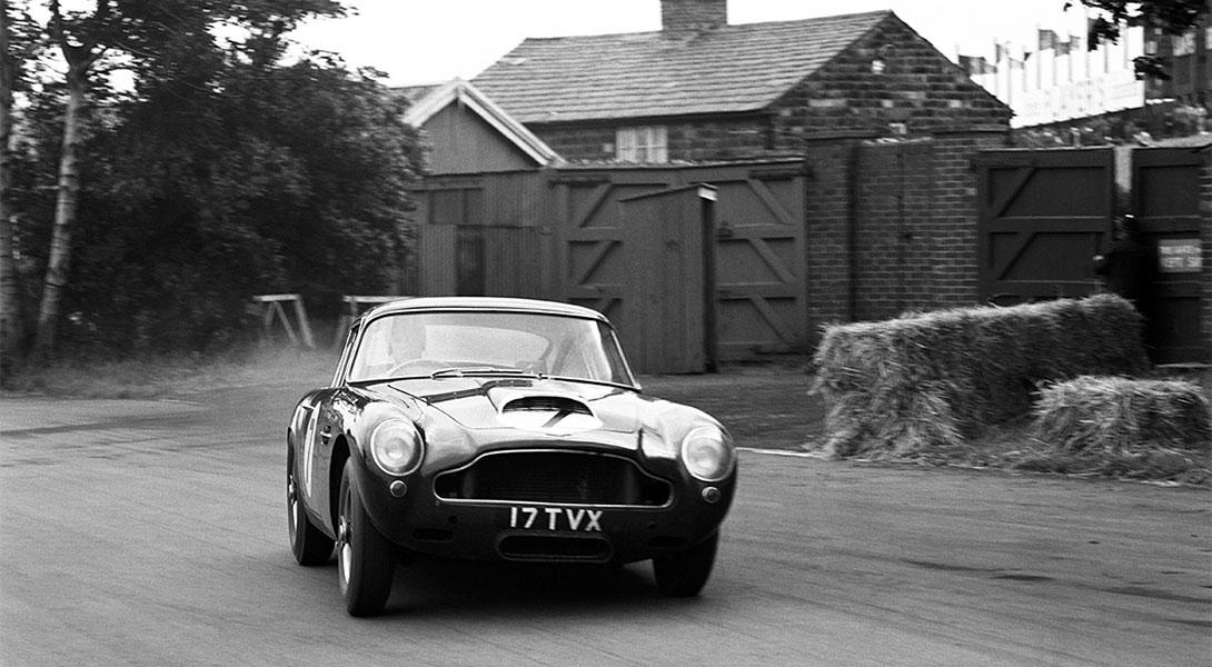 Aston Martin refait l'histoire