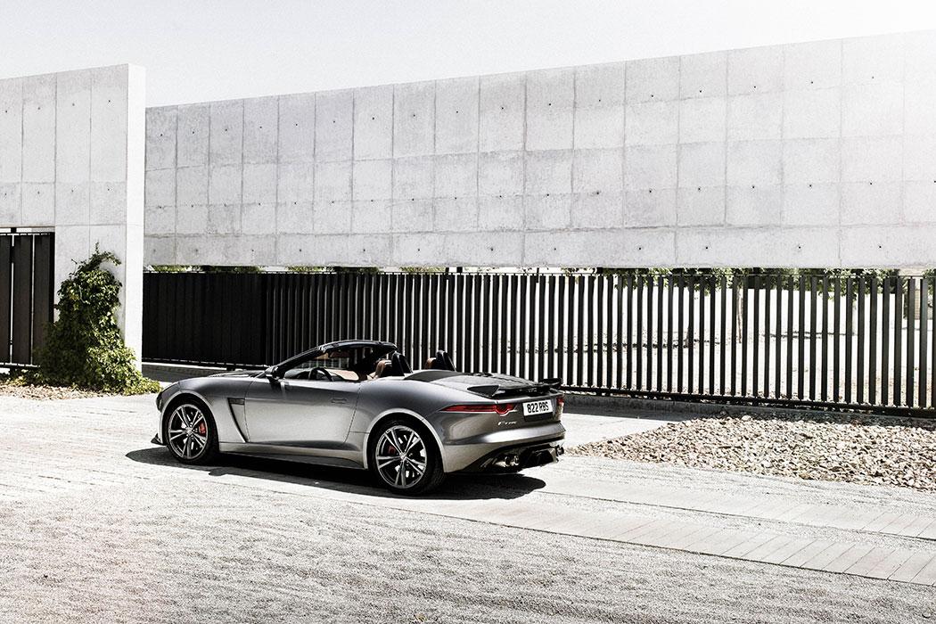 jaguar-f-type-svr-cabriolet-01-8