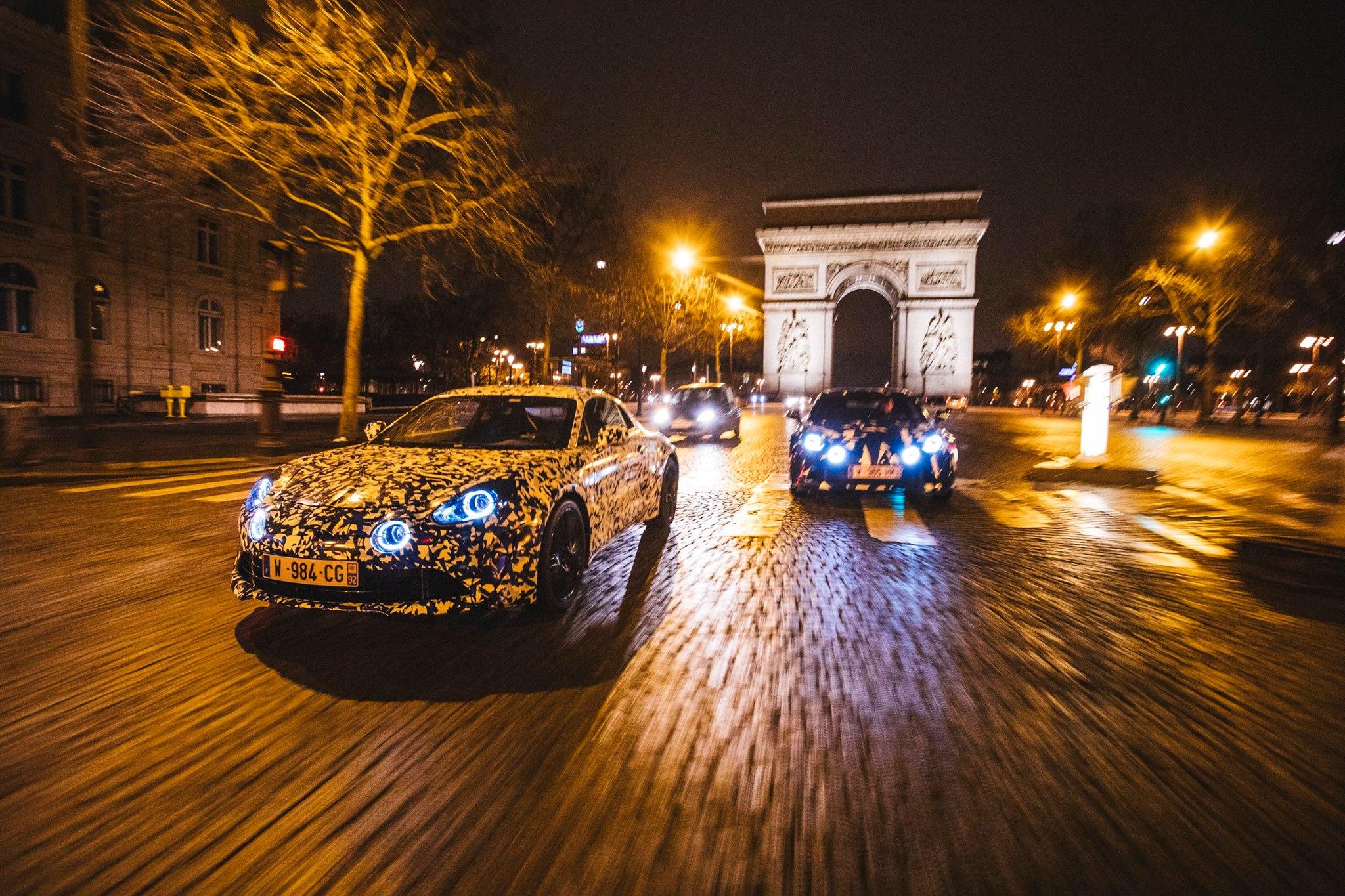 Prototype Alpine dans les rues de Paris - Studio Alpine Boulogne-Billancourt - 018
