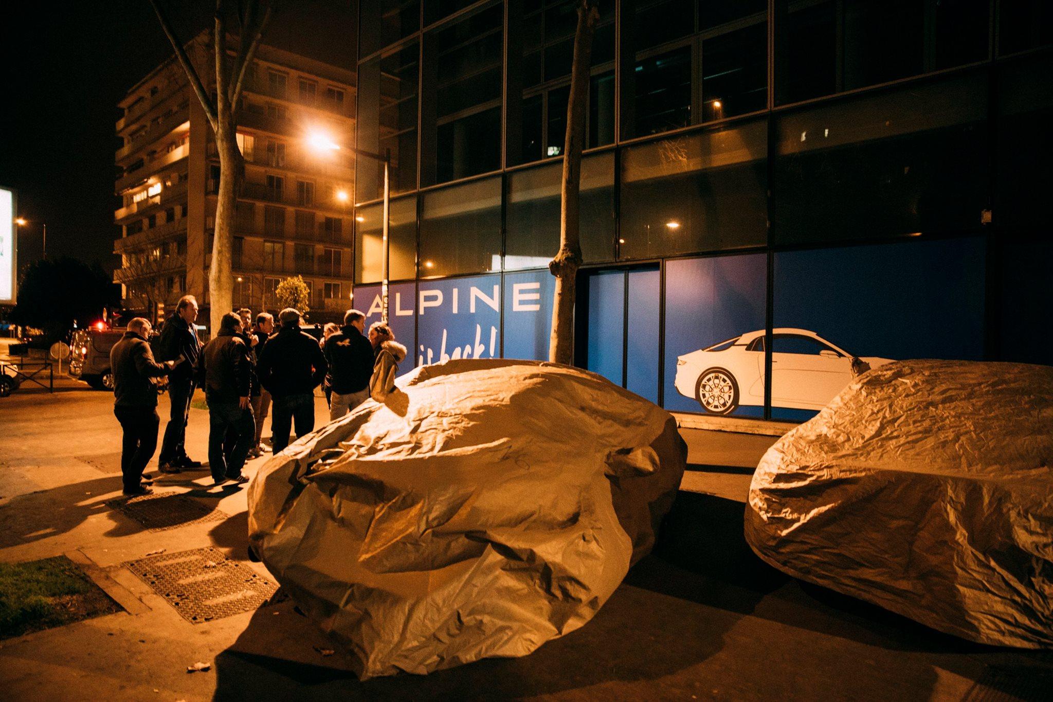 Prototype Alpine dans les rues de Paris - Studio Alpine Boulogne-Billancourt - 020