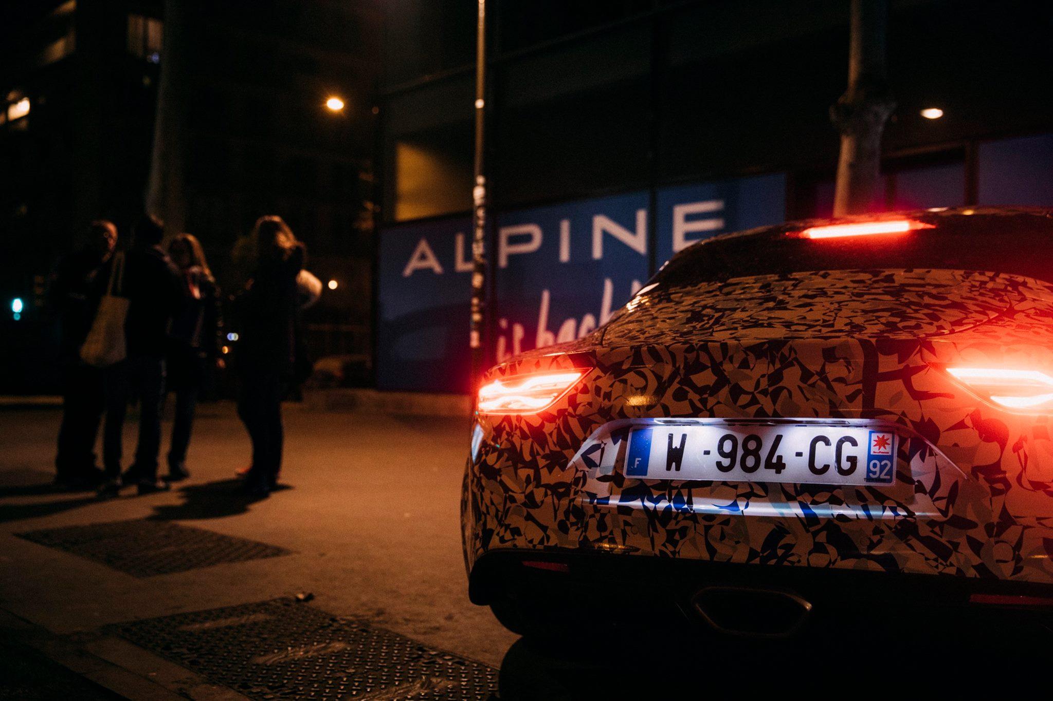 Prototype Alpine dans les rues de Paris - Studio Alpine Boulogne-Billancourt - 024