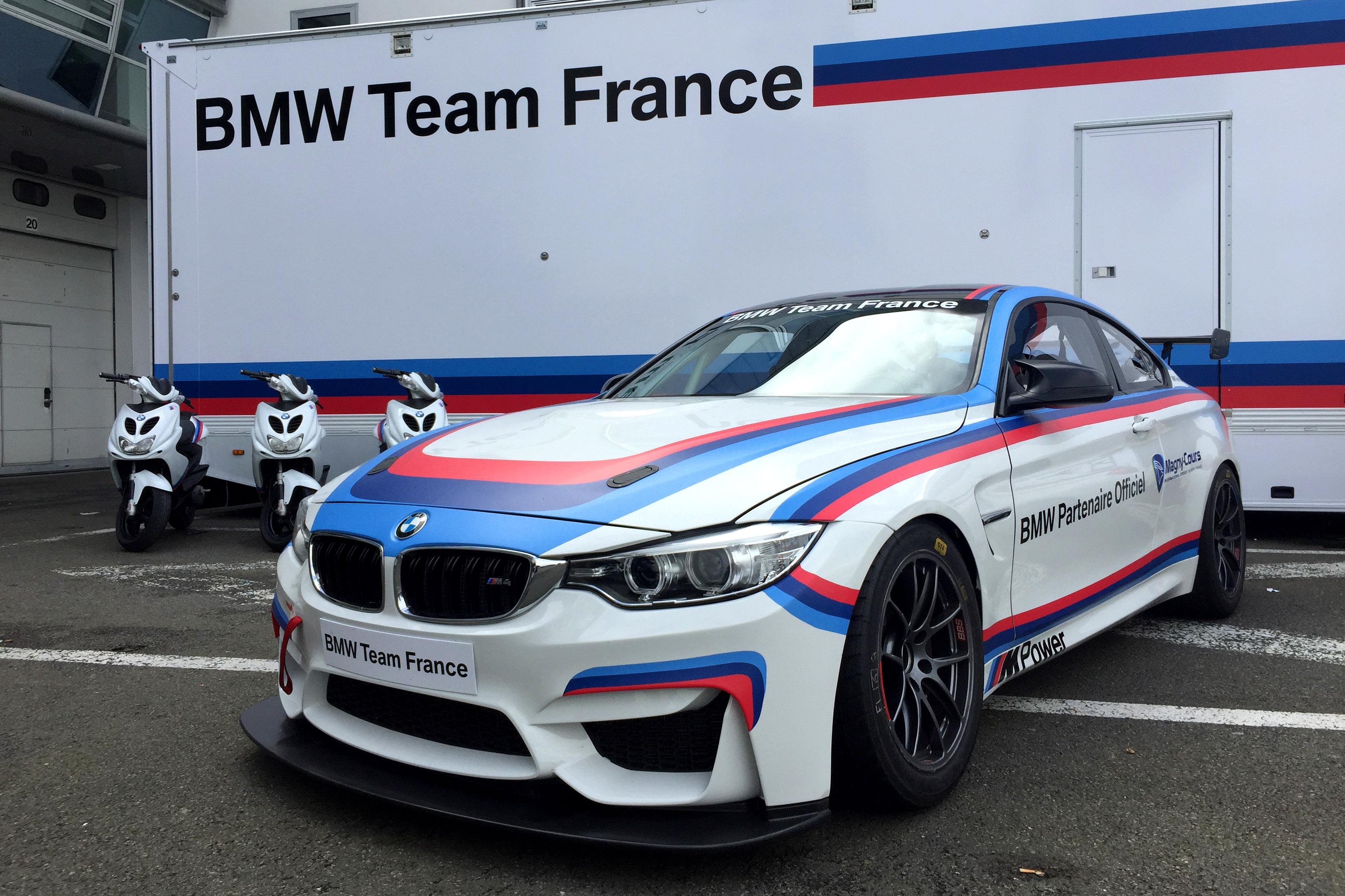 BMW M4 GT4 : BMW France s'engage