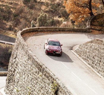 Roadtrip 2500 km au volant de l'Alfa Romeo Giulia Quadrifoglio ambiance Garage des blogs / © Contrappel