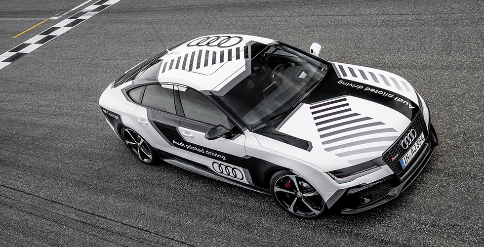 #drivenbyVorsprung : Audi teste le pilotage (de course !) autonome